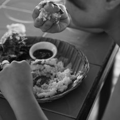 """""""Kamayan"""" Eating with bare hands"""